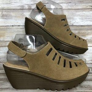 Skechers 7M Tan Suede Open Toe Wedge Sandal